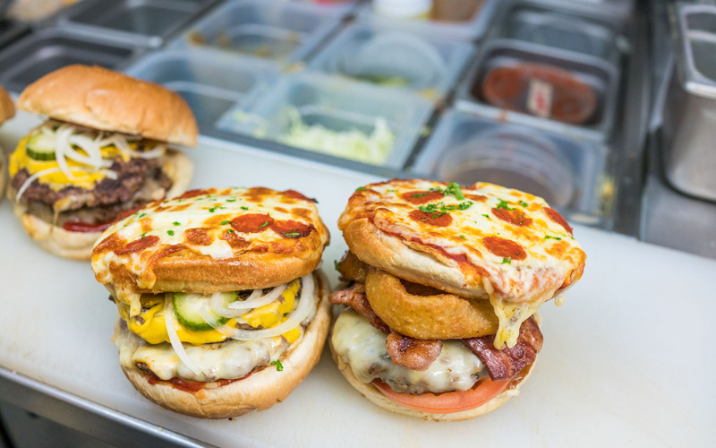 Someone Has Combined A Pizza And Burger To Create Fast Food Perfection